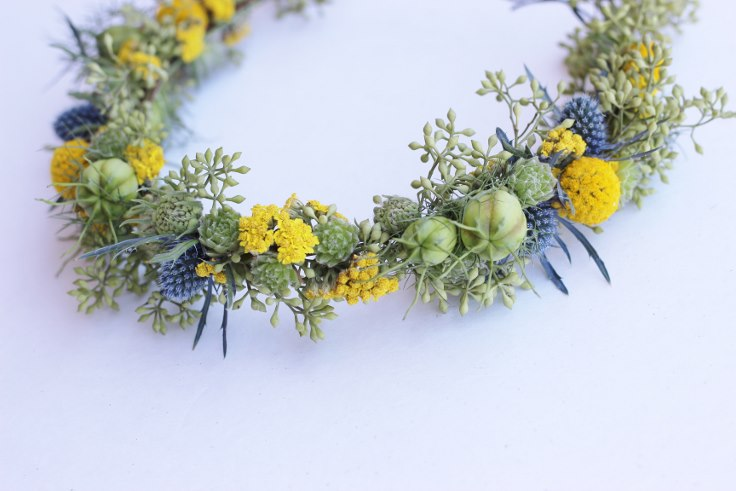 sophsiticated floral designs portland oregon florist flower crown halo head wreath