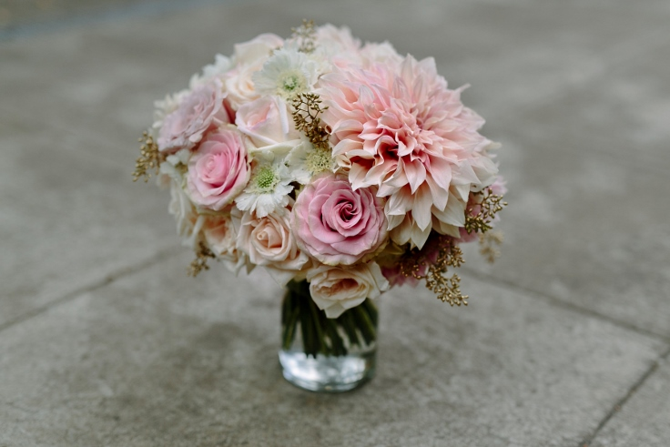 sophisticated floral portland oregon bridal bouquet wedding florist gold and blush