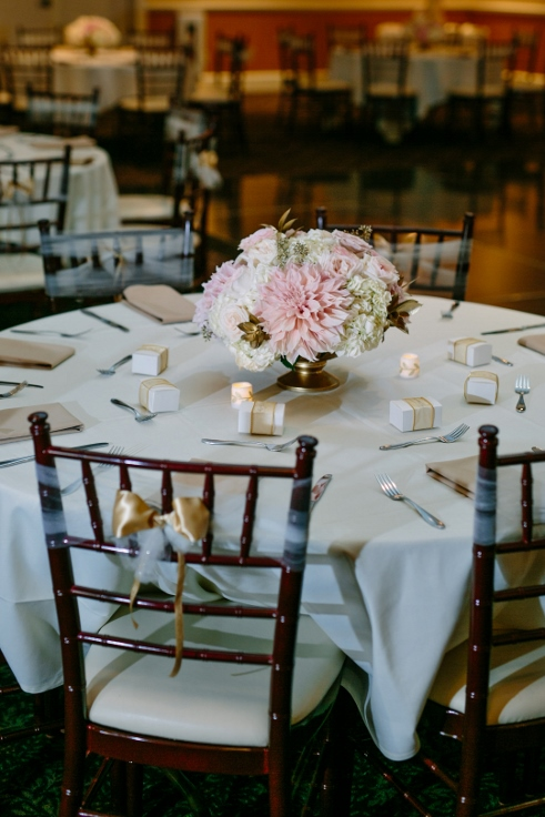 wedding flowers abernethy center florist sophisticated floral designs portland oregon blush and gold garden roses dahlia centerpiece