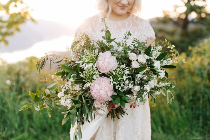 sophisticated floral designs portland oregon liza james photography