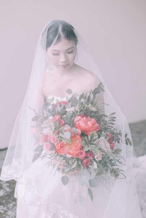 sophisticated floral designs portland wedding florist 2019 color of the year living coral