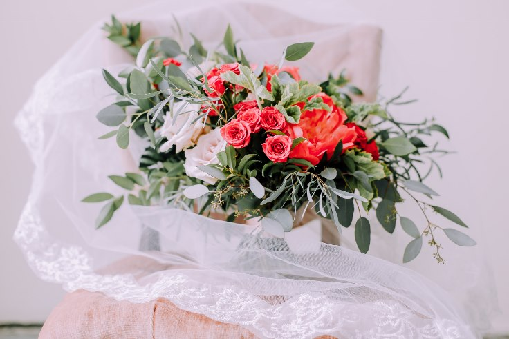 sophisticated floral designs portland wedding florist bridal bouquet and veil 2019 color of the year living coral