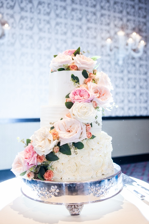 sophisticated floral designs portland oregon wedding florist Nines Hotel wedding cake flowers