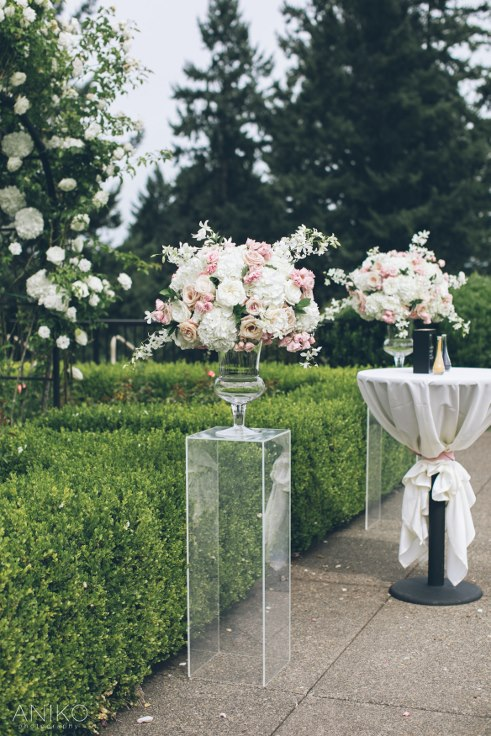 sophisticated floral designs portland oregon wedding florist-oregon-golf-club-wedding-aniko wedding ceremony