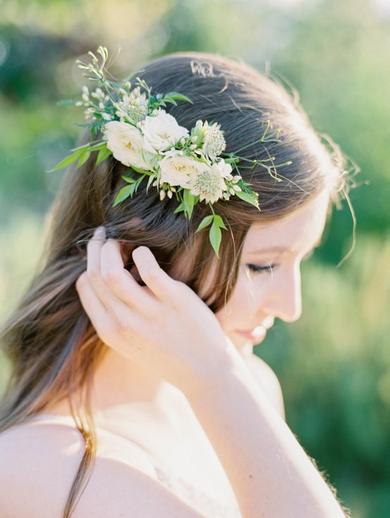 sophisticated floral designs portland oregon wedding florist -sweetlife photography floral clip floral comb flowers in your hair wedding hair styles