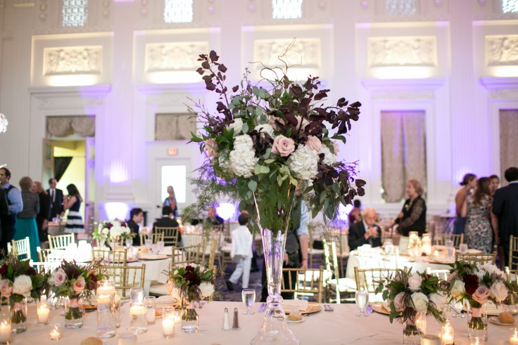sophisticated floral designs portland oregon wedding florist sentinel hotel george street photo bridal bliss wedding planning head table flowers tall elevated centerpiece