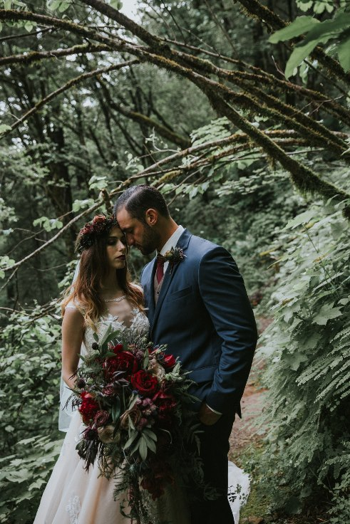 sophsiticatedfloral designs portland oregon wedding florist dark moody wedding flowers bridal bouquet (3) (491x736).jpg