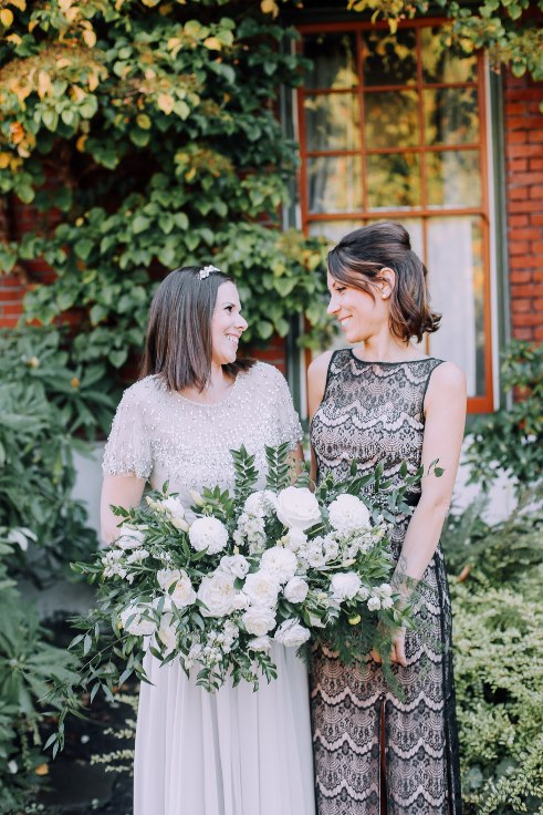 sophisticated floral designs portland oregon wedding florist mcmenamins edgefield spotted stills photography (13) (491x736).jpg