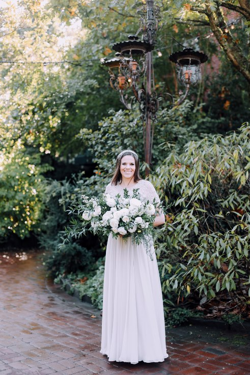 sophisticated floral designs portland oregon wedding florist mcmenamins edgefield spotted stills photography (16) (491x736).jpg