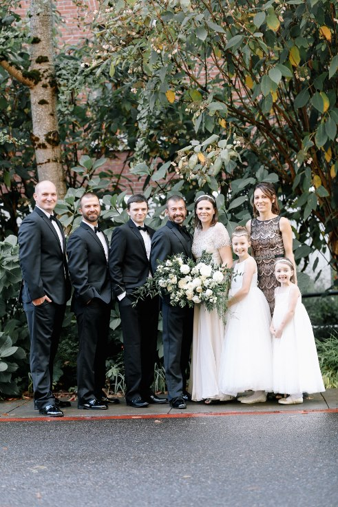 sophisticated floral designs portland oregon wedding florist mcmenamins edgefield spotted stills photography (24) (491x736).jpg