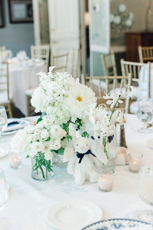 sophisticated floral  bridal bliss baby shower floral design Lauryn_Kay_Photography_Portland_Waverley_country club (12) (491x736).jpg