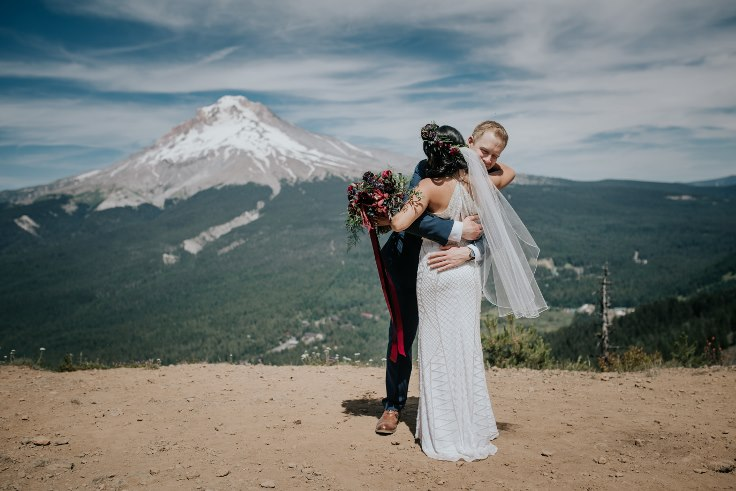 sophisticated floral designs portland oregon wedding florist powers photography mt hood wedding ski bowl (7) (736x491).jpg