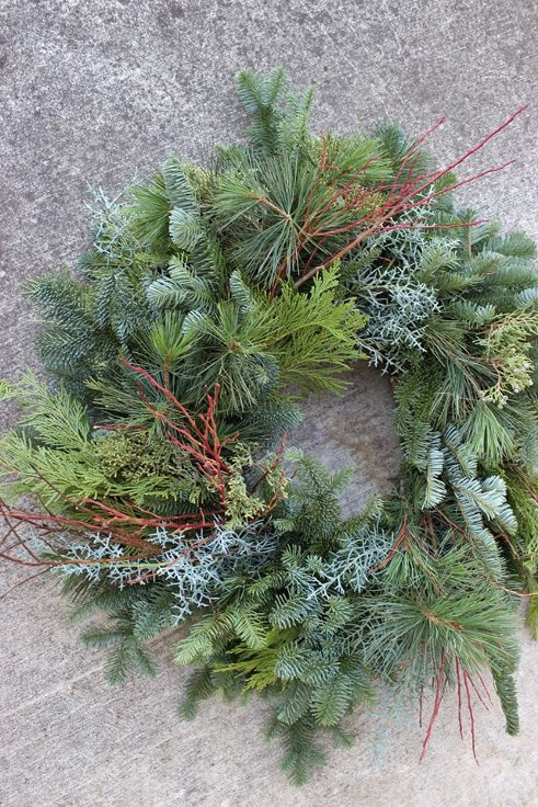 sophsiticated floral designs portland oregon modern christmas holiday wreath (2).jpg