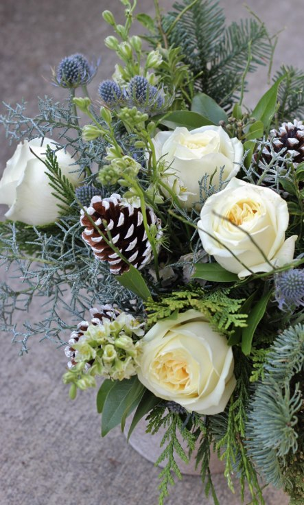 sophisticated floral designs portland oregon christmas flowers winter arrangement (1) (443x736).jpg