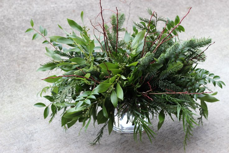 sophisticated floral designs portland oregon christmas flowers winter arrangement (3) (736x491).jpg