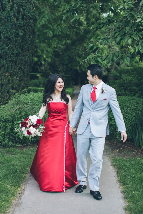 sophisticated floral designs portland oregon wedding florist aniko productions photography red bridal dress (8) (490x735).jpg