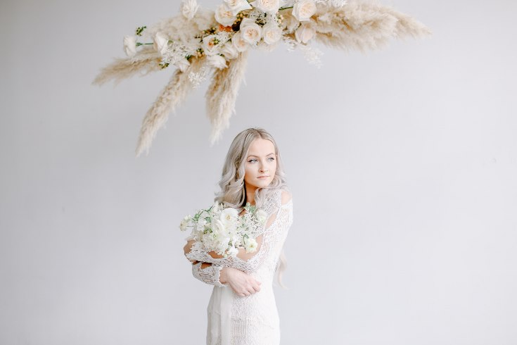 sophisticated floral designs portland oregon wedding florist spotted still photography boho modern fine art pampas  grass bleached flowers (19) (735x490).jpg