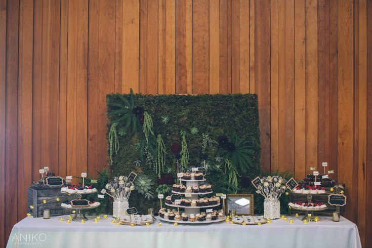 world-forestry-center-wedding-aniko-sophisticated floral designs portland oregon wedding florist woodland wedding (13) (735x490).jpg