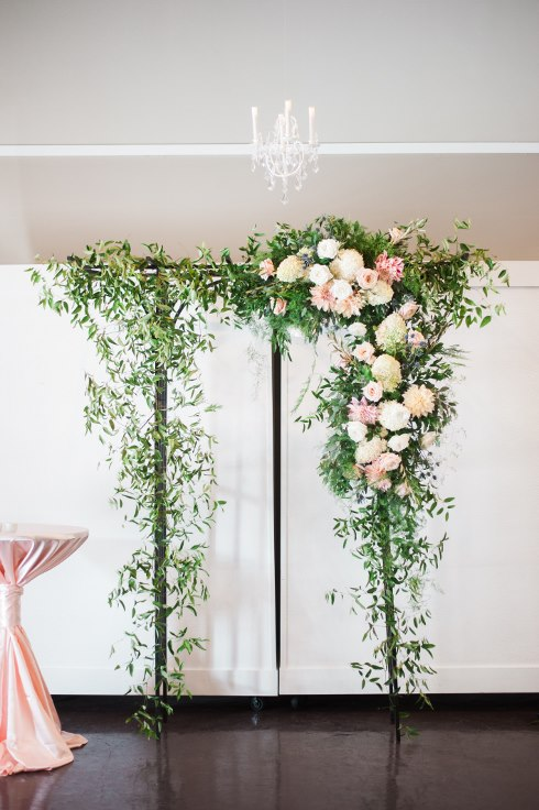 sophisticated floral designsp portland oregon wedding florist urban studio blush and greenery (15) (490x735).jpg