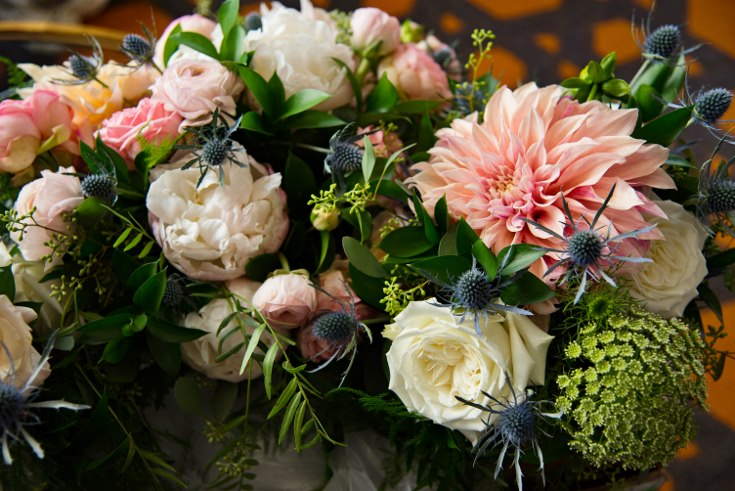 sophisticated floral designsp portland oregon wedding florist urban studio blush and greenery (43) (490x735).jpg
