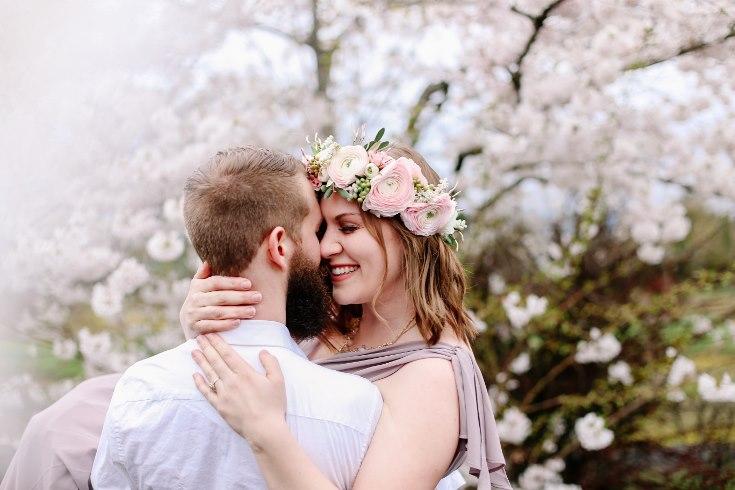 sophisticated floral designs portland oregon wedding florist floral crown halo head wreath blush mauve spotted stills photography (1) (735x490).jpg