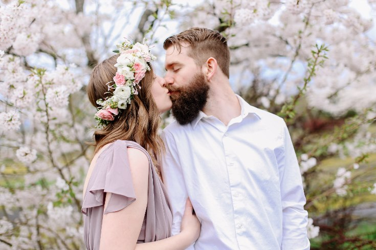 sophisticated floral designs portland oregon wedding florist floral crown halo head wreath blush mauve spotted stills photography (23) (735x490).jpg