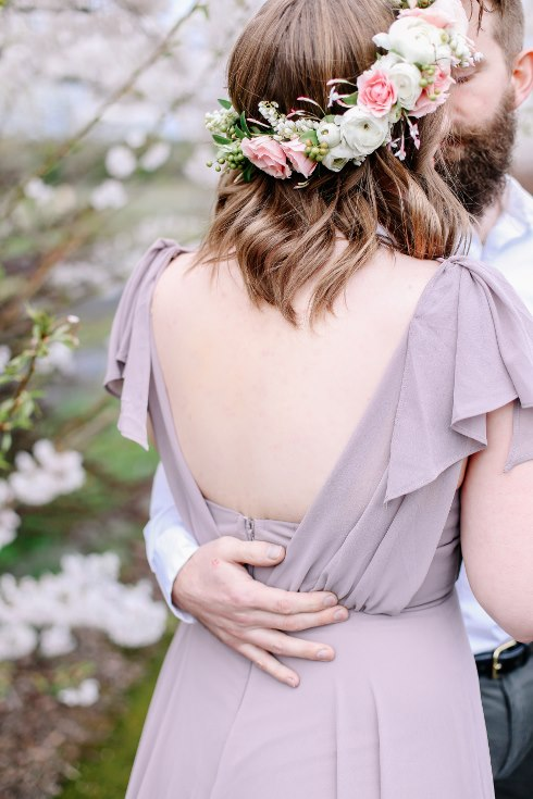 sophisticated floral designs portland oregon wedding florist floral crown halo head wreath blush mauve spotted stills photography (25) (490x735).jpg