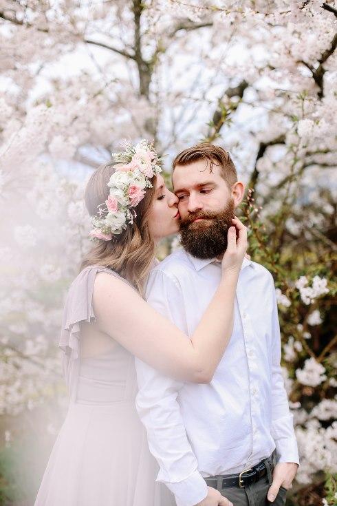 sophisticated floral designs portland oregon wedding florist floral crown halo head wreath blush mauve spotted stills photography (32) (490x735).jpg
