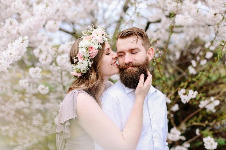sophisticated floral designs portland oregon wedding florist floral crown halo head wreath blush mauve spotted stills photography (34) (735x490).jpg