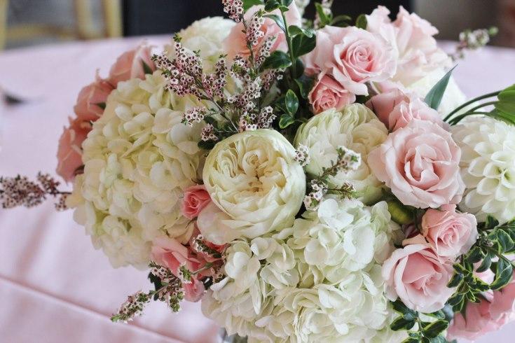 sophisticated floral designs portland oregon wedding event florist baby shower bridal shower flowers blush centerpiece roses hydangea