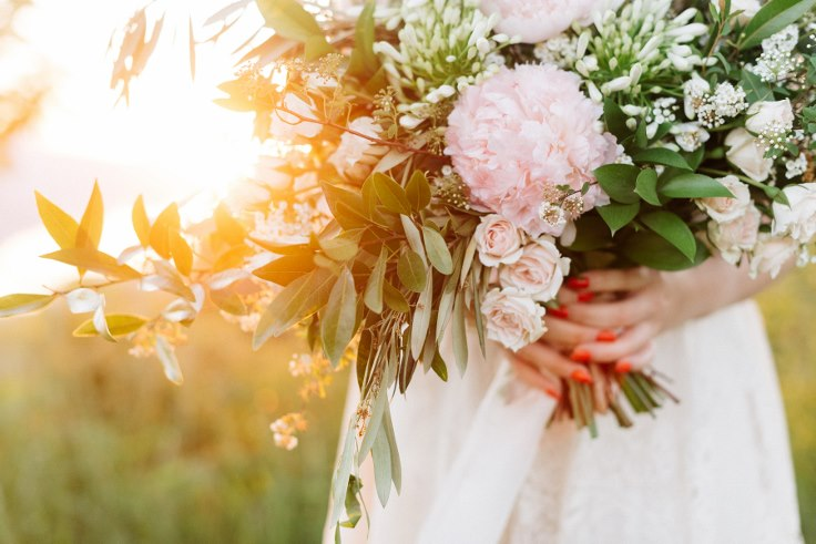 sophisticated floral portland oregon wedding florist peony bouquet (8).jpg