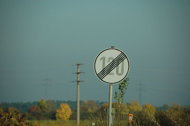 "The ""no speed limit"" sign"