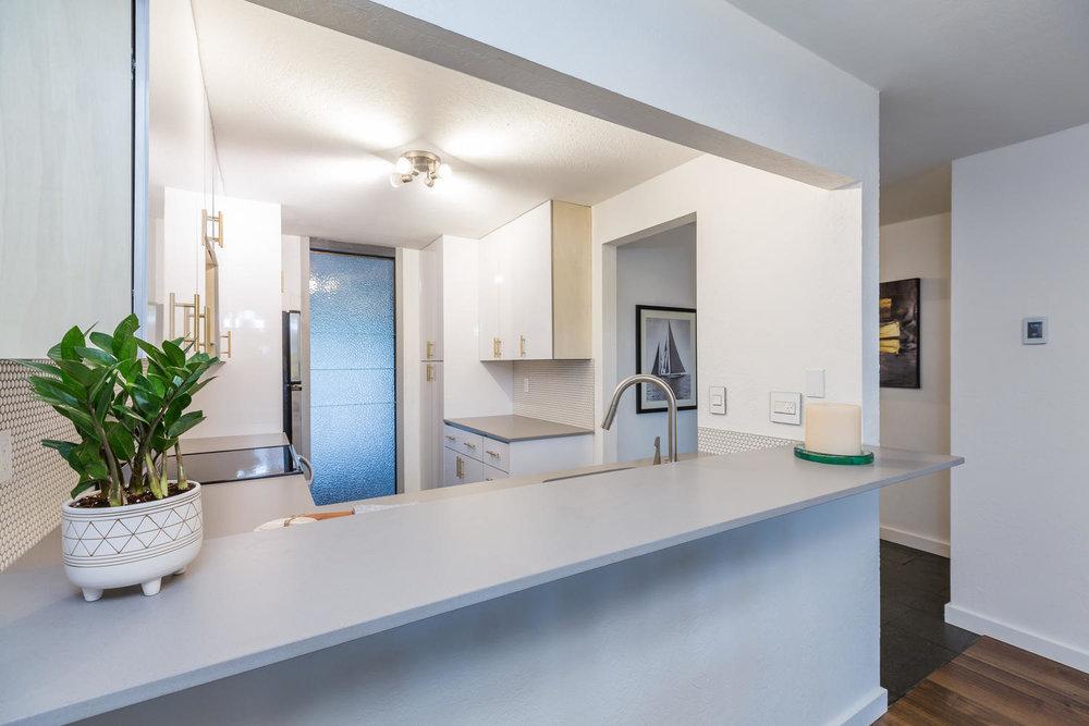 13896 NE 66th St Redmond WA-large-019-3-Kitchen-1500x1000-72dpi.jpg
