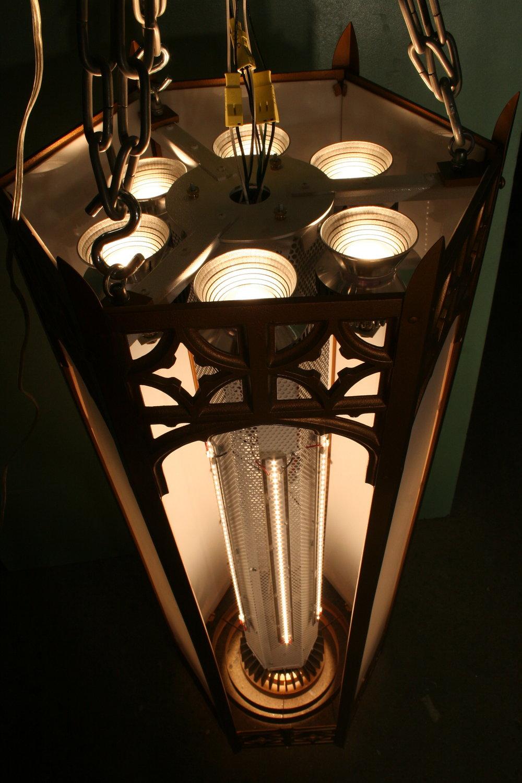 LED Lantern Cluster Mounted.