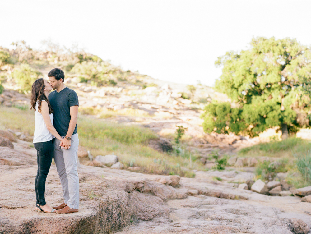 dana fernandez photography enchanted rock engagements photographer austin wedding destination film-5.jpg