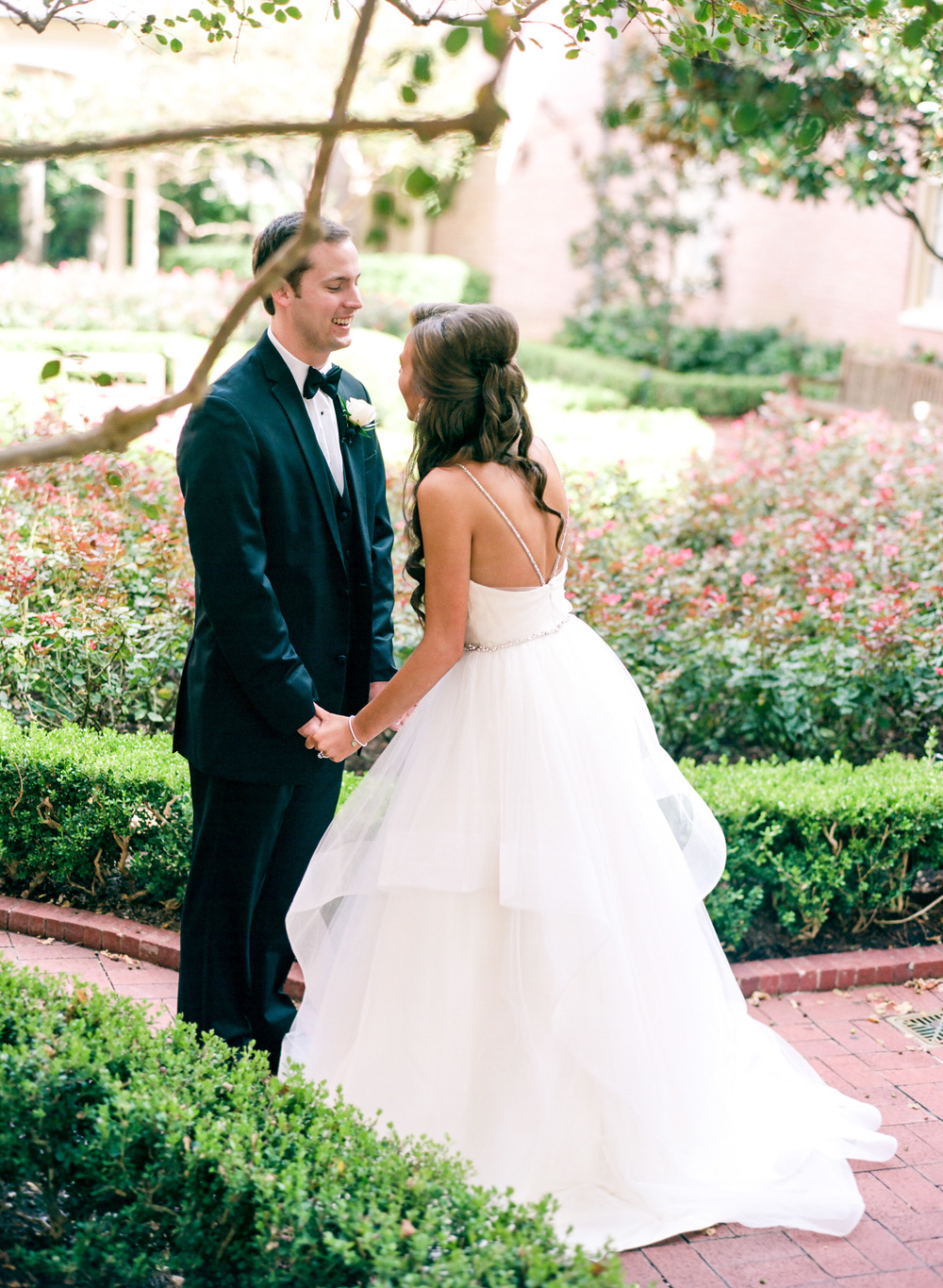 Dana-Fernandez-Photography-Weddings-in-Houston-Magazine-feature-Houston-wedding-photographer-film-23.jpg