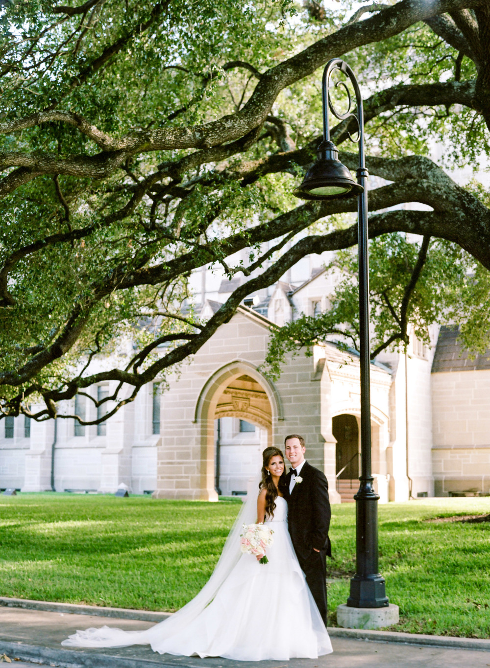 Dana-Fernandez-Photography-Weddings-in-Houston-Magazine-feature-Houston-wedding-photographer-film-27.jpg