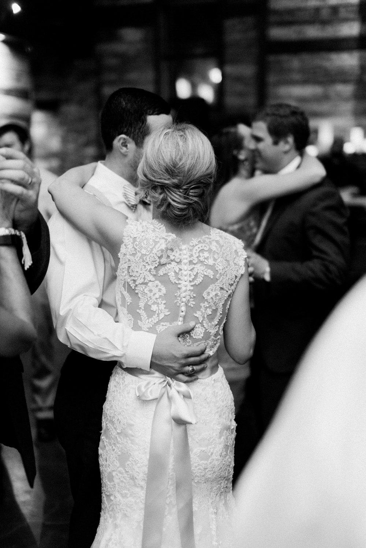 big-sky-barn-wedding-houston-wedding-photographer-featured-magazine-houston-film-photographer-austin-wedding-photographer-44.jpg