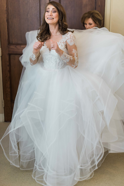 Houston-Wedding-Photographer-Style-Me-Pretty-St-Anne-Catholic-Church-Wedding-The-Woodlands-Country-Club-Palmer-Course-Austin-Wedding-photographer-fine-art-film-9.jpg