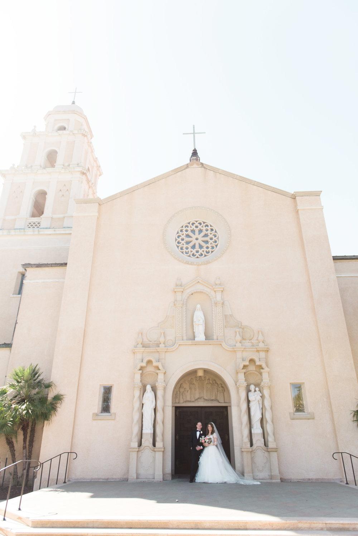 Houston-Wedding-Photographer-Style-Me-Pretty-St-Anne-Catholic-Church-Wedding-The-Woodlands-Country-Club-Palmer-Course-Austin-Wedding-photographer-fine-art-film-10.jpg