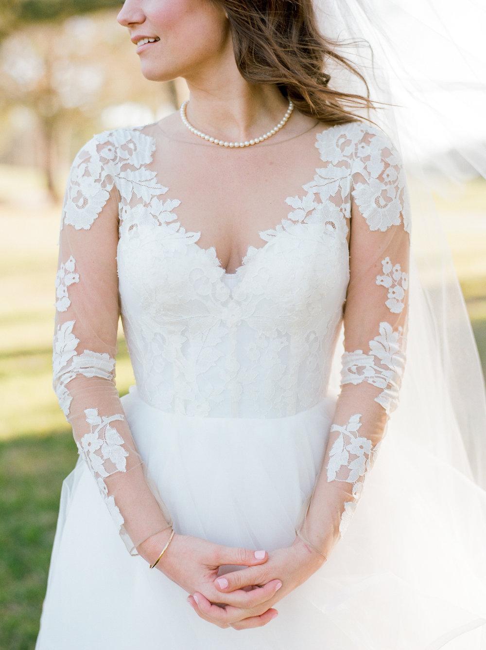 Houston-Wedding-Photographer-Style-Me-Pretty-St-Anne-Catholic-Church-Wedding-The-Woodlands-Country-Club-Palmer-Course-Austin-Wedding-photographer-fine-art-film-18.jpg