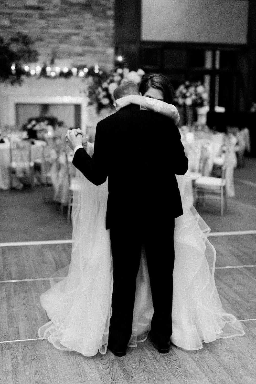 Houston-Wedding-Photographer-Style-Me-Pretty-St-Anne-Catholic-Church-Wedding-The-Woodlands-Country-Club-Palmer-Course-Austin-Wedding-photographer-fine-art-film-34.jpg