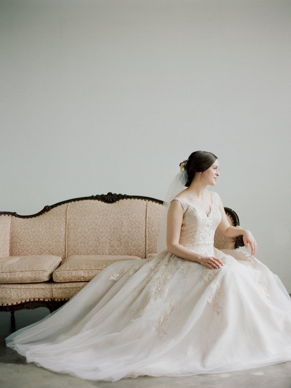 Houston-Wedding-Photographer-Austin-Dallas-New-York-California-Destination-Wedding-Film-Bridal-Portrait-Studio-12.jpg