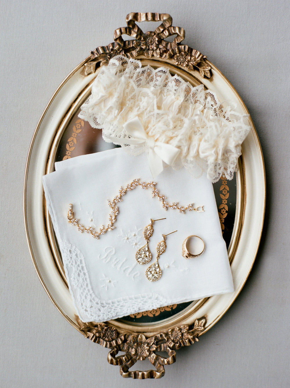 Briscoe-Manor-Houston-Wedding-Photographer-Modern-Luxury-Weddings-Dana-Fernandez-Photograpy-Fine-Art-Photographer-Houston-Film-Destination-PNW-Wedding-Photographer-2.jpg