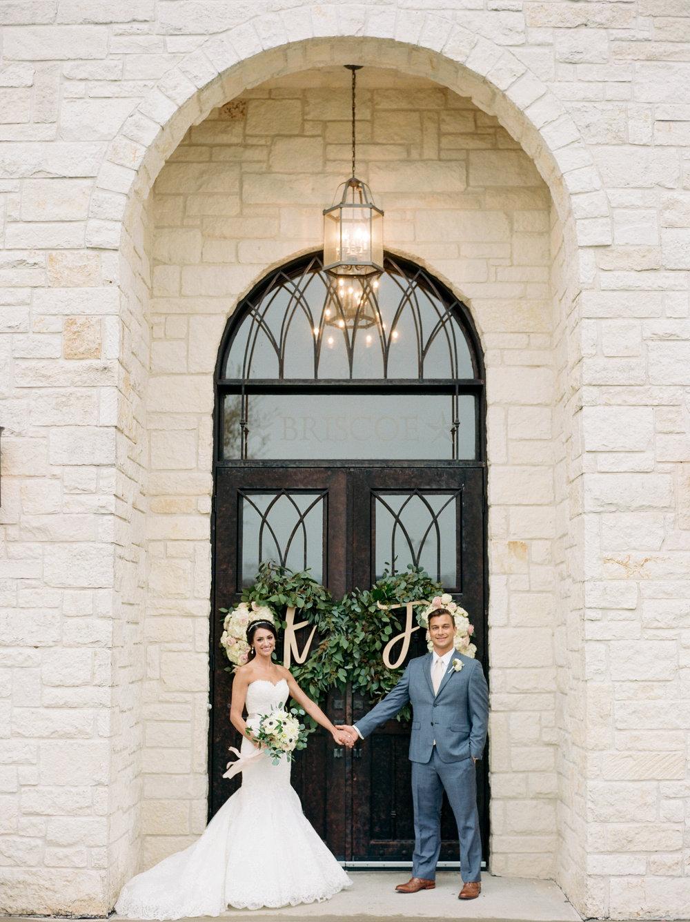 Briscoe-Manor-Houston-Wedding-Photographer-Modern-Luxury-Weddings-Dana-Fernandez-Photograpy-Fine-Art-Photographer-Houston-Film-Destination-PNW-Wedding-Photographer-9.jpg