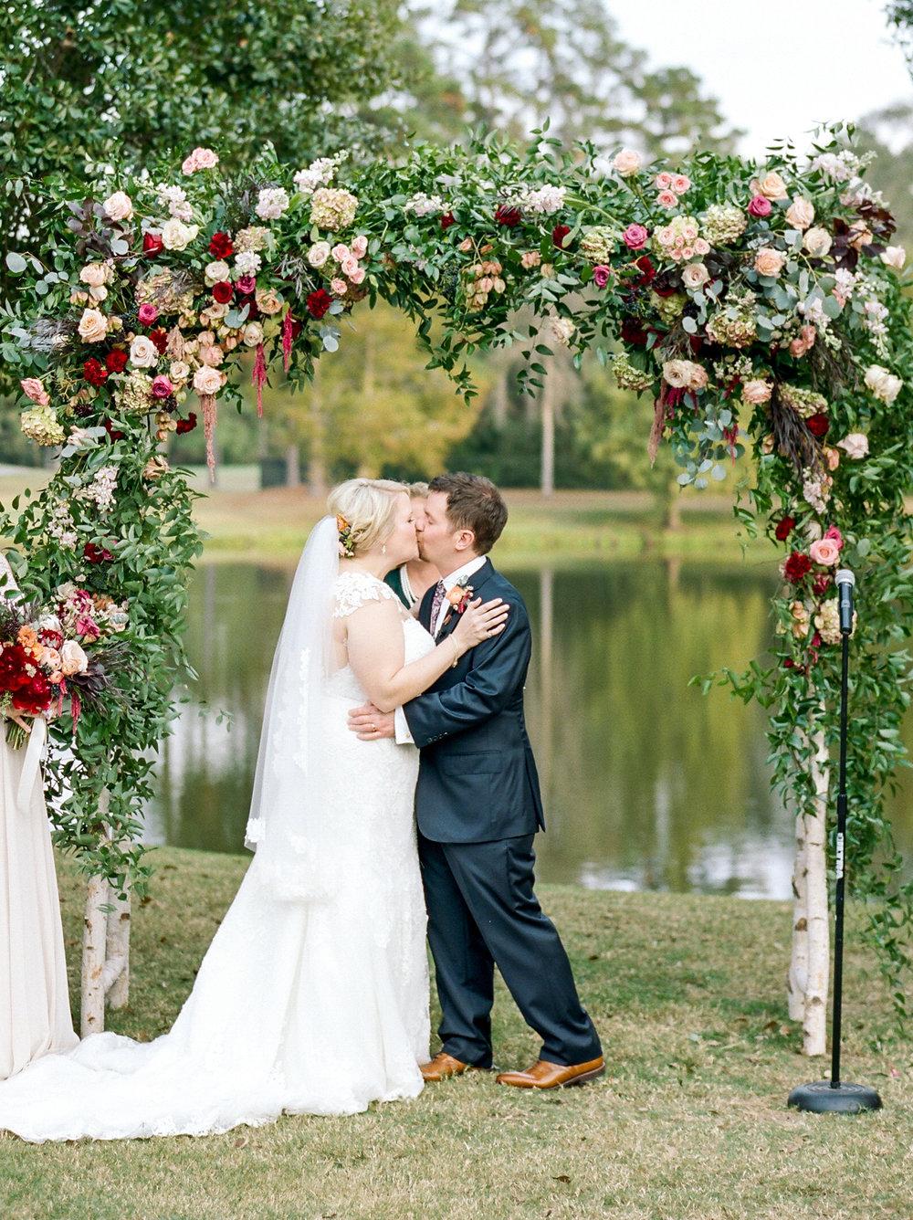 Houston-Wedding-Photographer-Fine-Art-Film-Destination-Style-Me-Pretty-Austin-Dallas-New-Orleans-Dana-Fernandez-Photography-The Woodlands-Country-Club-20.jpg