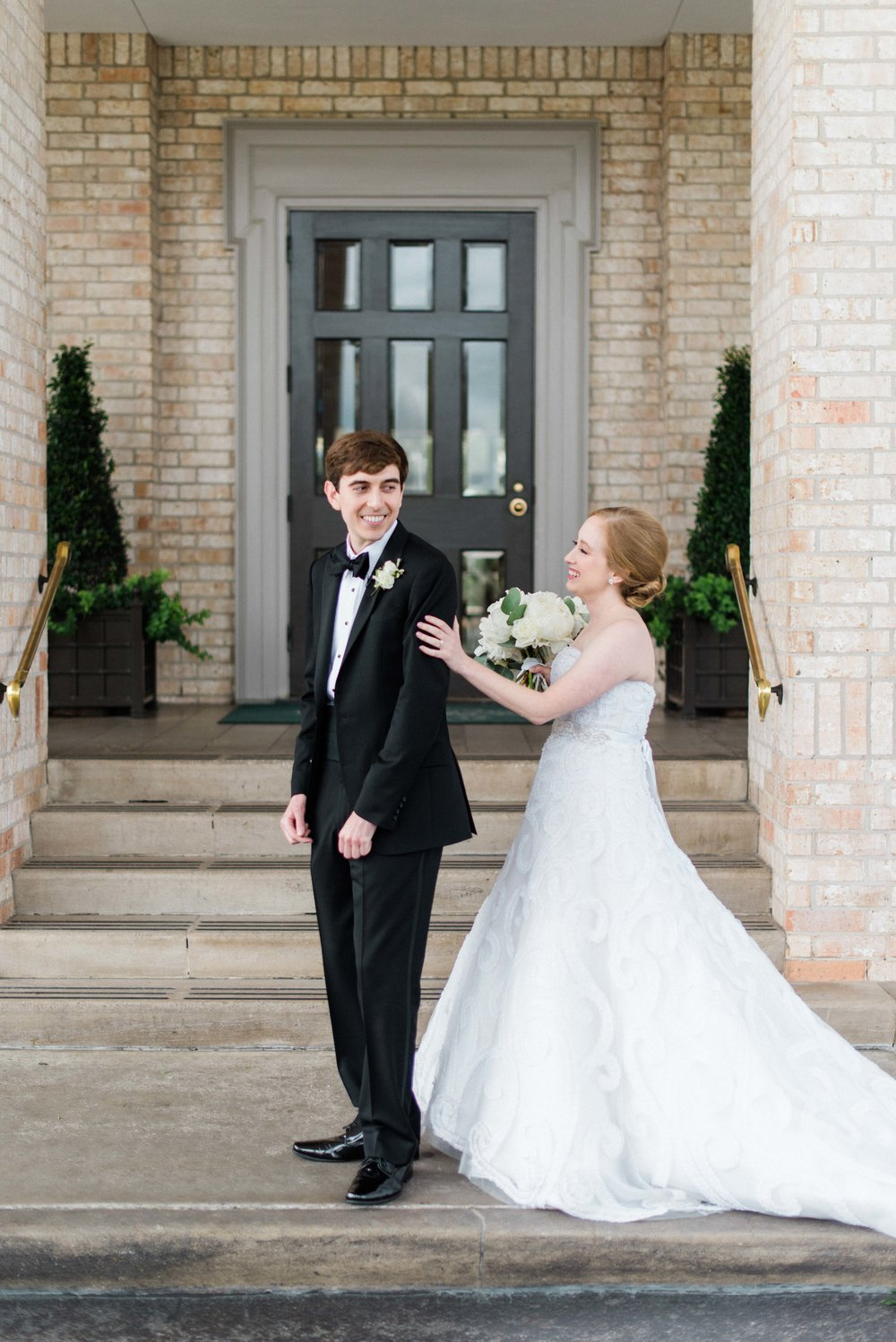 Fine-Art-Film-Houston-Wedding-Photographer-Best-Top-Luxury-Texas-Austin-Dallas-Destination-Dana-Fernandez-Photography-River-Oaks-Country-Club-South-Main-Baptist-Ceremony-Reception-Wedding-21.jpg