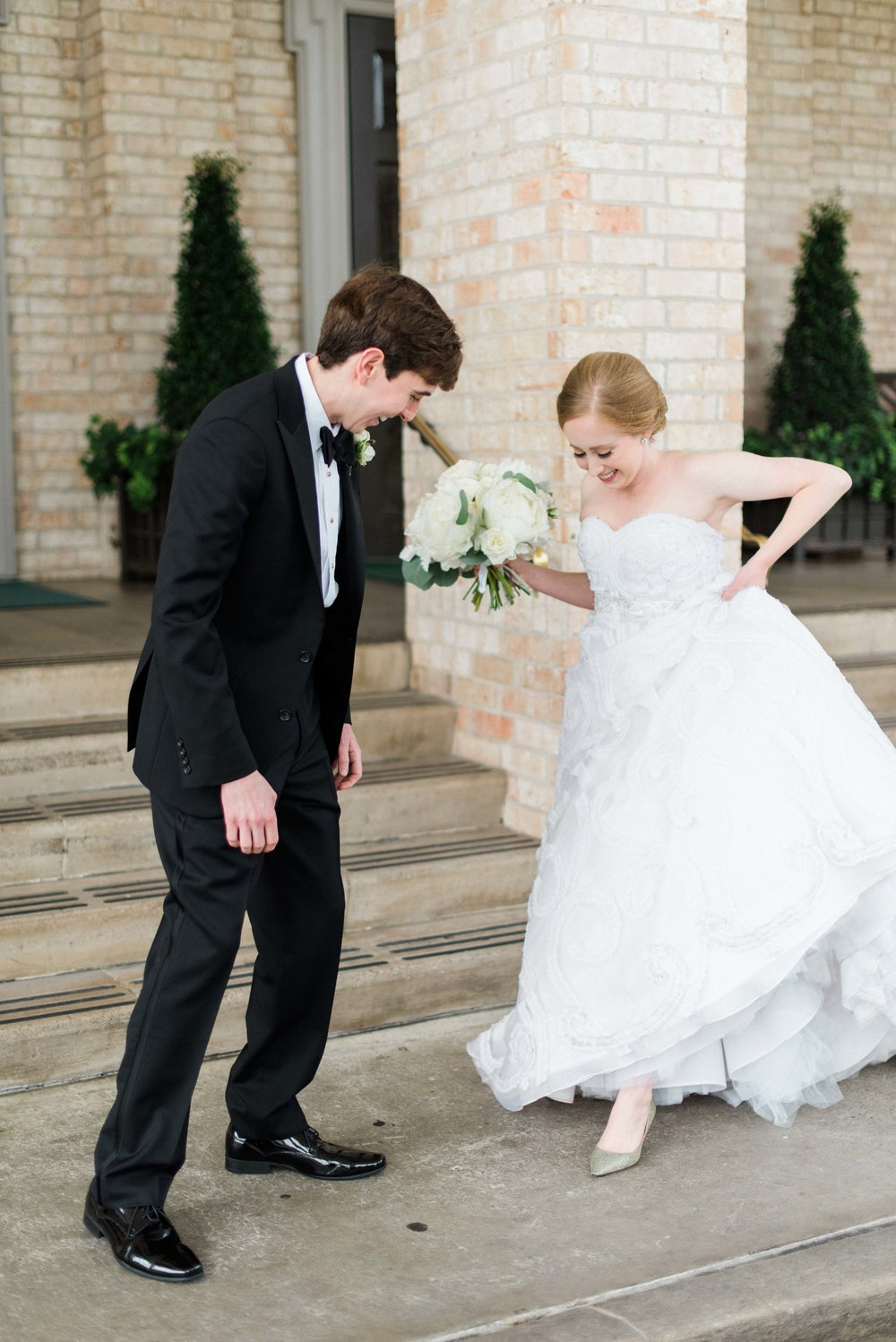 Fine-Art-Film-Houston-Wedding-Photographer-Best-Top-Luxury-Texas-Austin-Dallas-Destination-Dana-Fernandez-Photography-River-Oaks-Country-Club-South-Main-Baptist-Ceremony-Reception-Wedding-22.jpg