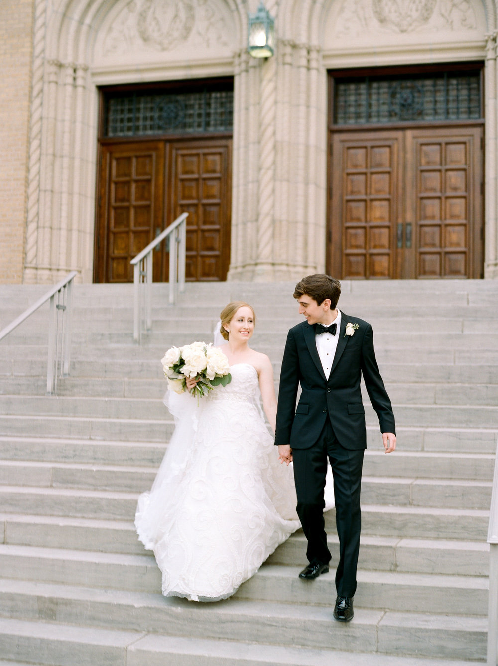 Fine-Art-Film-Houston-Wedding-Photographer-Best-Top-Luxury-Texas-Austin-Dallas-Destination-Dana-Fernandez-Photography-River-Oaks-Country-Club-South-Main-Baptist-Ceremony-Reception-Wedding-32.jpg