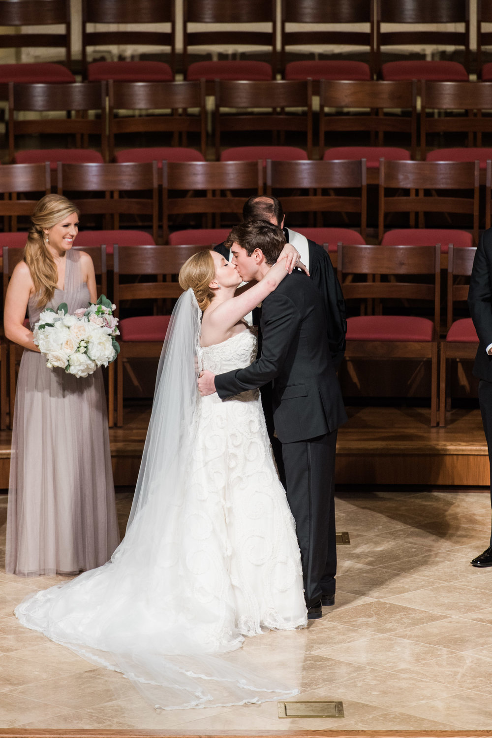 Fine-Art-Film-Houston-Wedding-Photographer-Best-Top-Luxury-Texas-Austin-Dallas-Destination-Dana-Fernandez-Photography-River-Oaks-Country-Club-South-Main-Baptist-Ceremony-Reception-Wedding-37.jpg